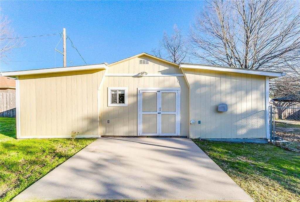 Sold Property | 1606 E Bankhead Drive Weatherford, TX 76086 32