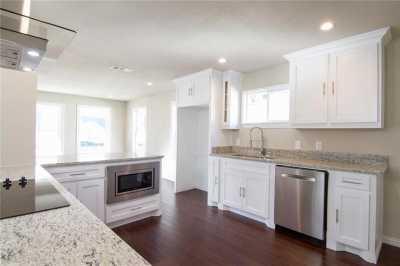 Sold Property | 1722 Michigan Avenue Dallas, Texas 75216 1