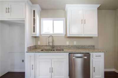 Sold Property | 1722 Michigan Avenue Dallas, Texas 75216 5