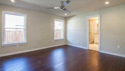 Sold Property | 1722 Michigan Avenue Dallas, Texas 75216 9