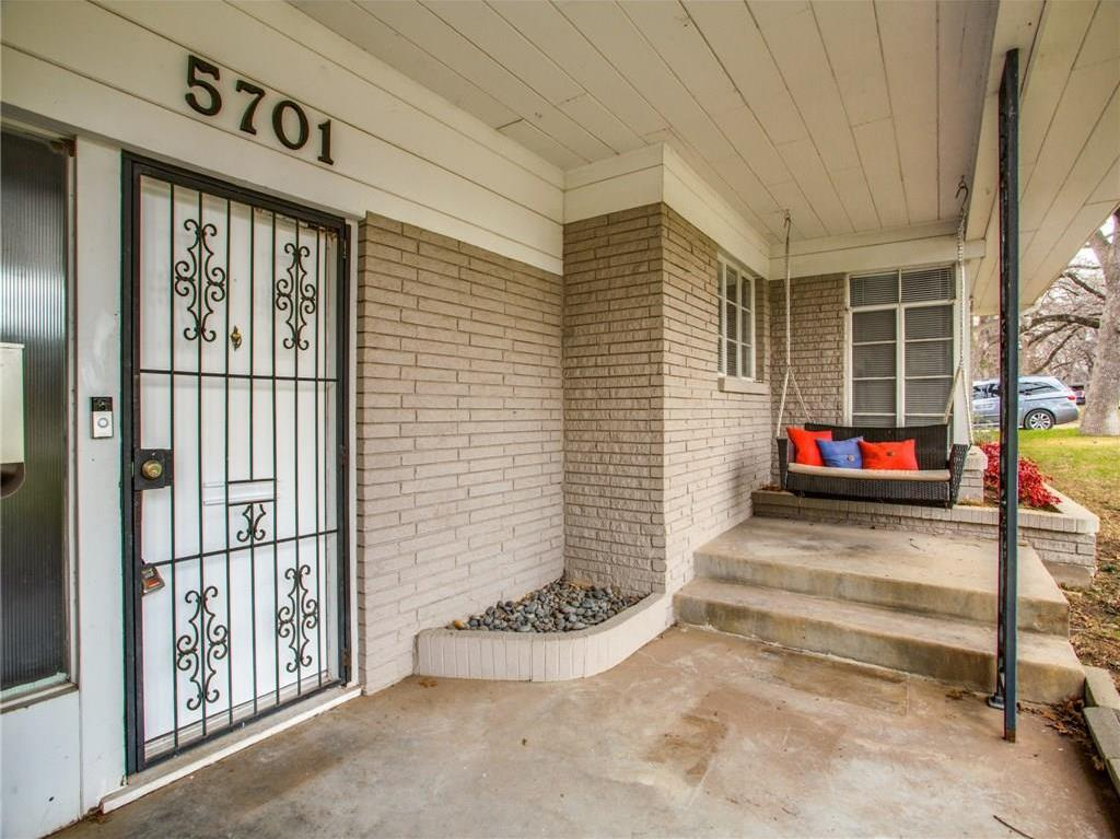 Sold Property | 5701 Blueridge Drive Fort Worth, Texas 76112 4