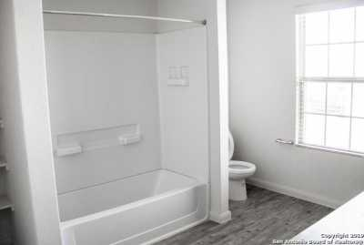 Property for Rent | 8611 Tesoro Hills  San Antonio, TX 78242 10