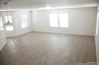 Property for Rent | 8611 Tesoro Hills  San Antonio, TX 78242 2