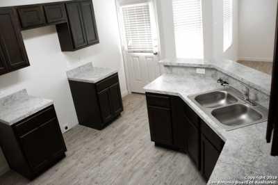 Property for Rent | 8611 Tesoro Hills  San Antonio, TX 78242 3