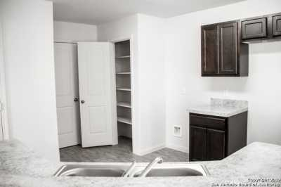 Property for Rent | 8611 Tesoro Hills  San Antonio, TX 78242 4