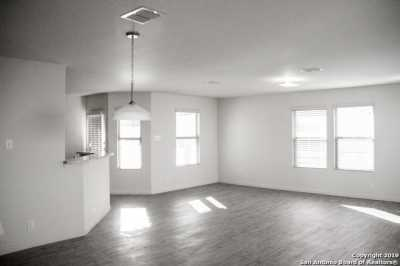 Property for Rent | 8611 Tesoro Hills  San Antonio, TX 78242 6