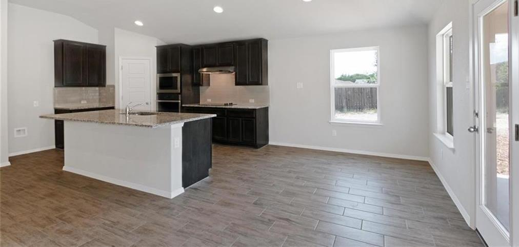 Sold Property   20709 Leaning Oak Drive Lago Vista, TX 78645 15
