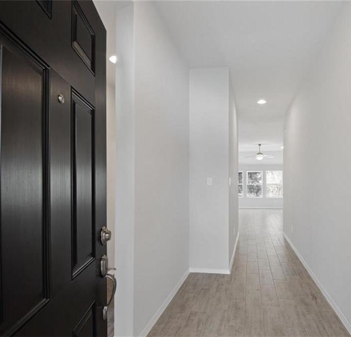 Sold Property   20709 Leaning Oak Drive Lago Vista, TX 78645 4