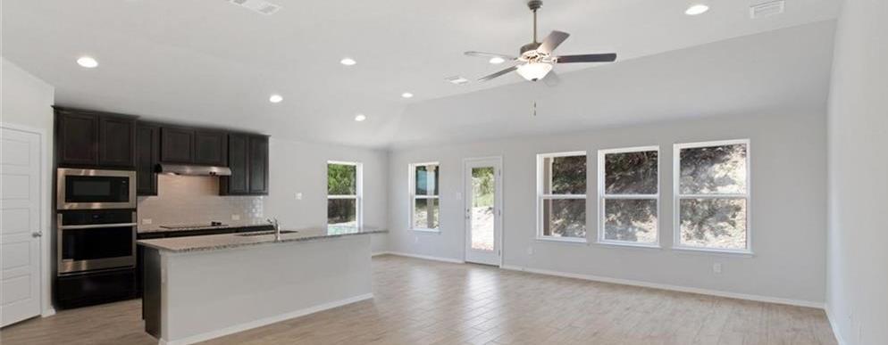 Sold Property   20709 Leaning Oak Drive Lago Vista, TX 78645 8