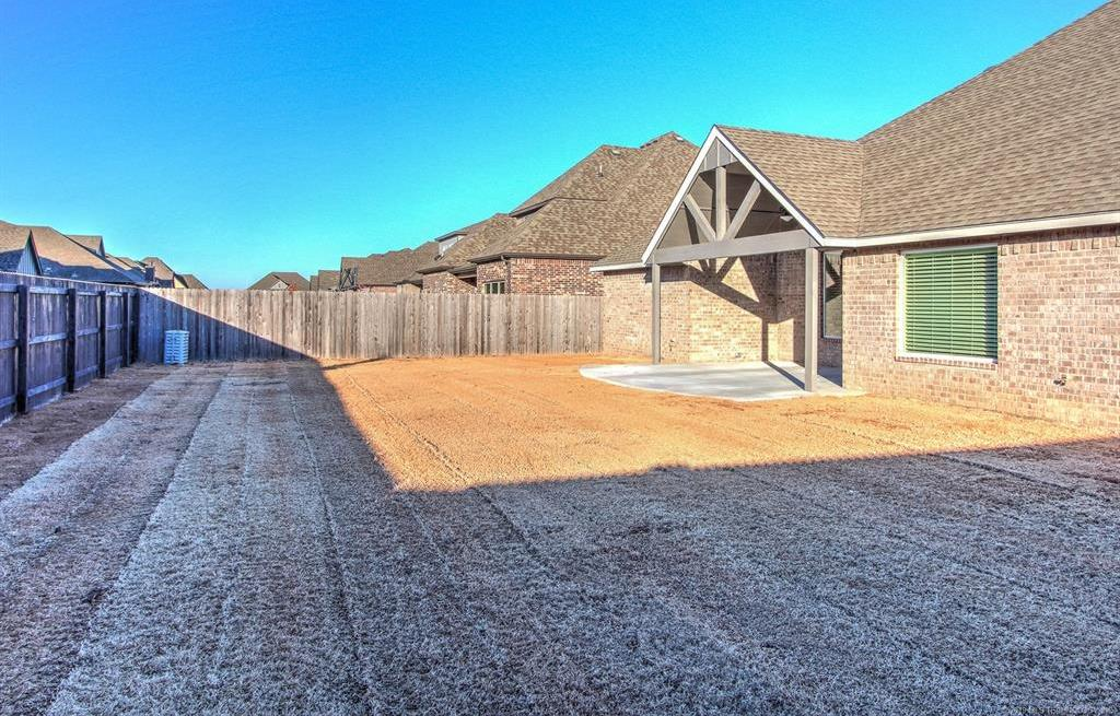 Off Market | 18608 E 43rd Street Tulsa, Oklahoma 74134 28