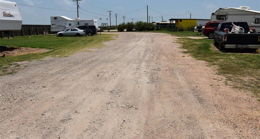 Off Market | 26010 Fm 457  Sargent, Texas 77414 15