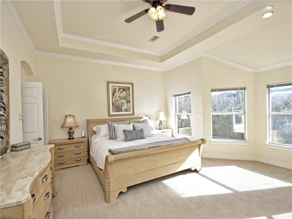 Sold Property | 5803 Round Table  CV Austin, TX 78746 12