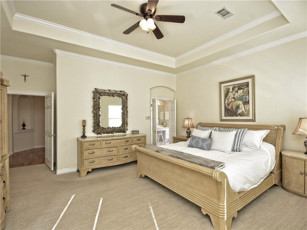 Sold Property | 5803 Round Table  CV Austin, TX 78746 13