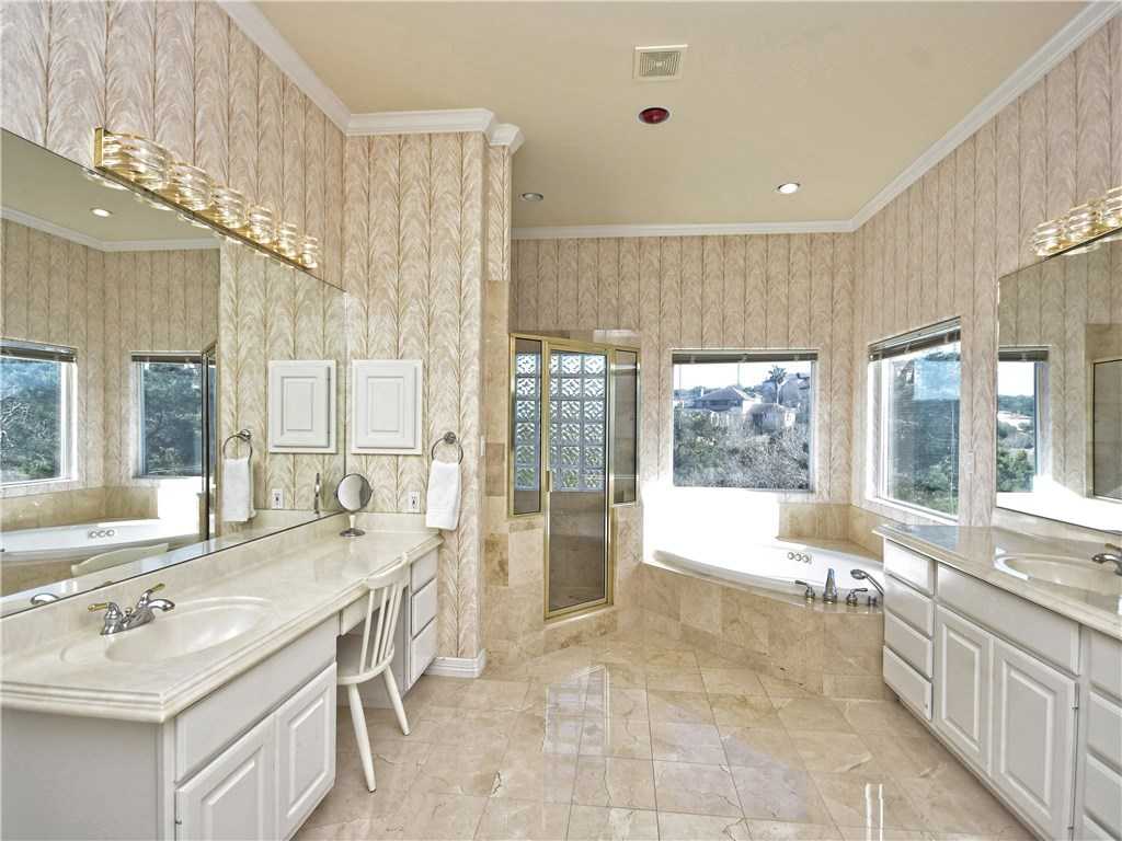 Sold Property | 5803 Round Table  CV Austin, TX 78746 15