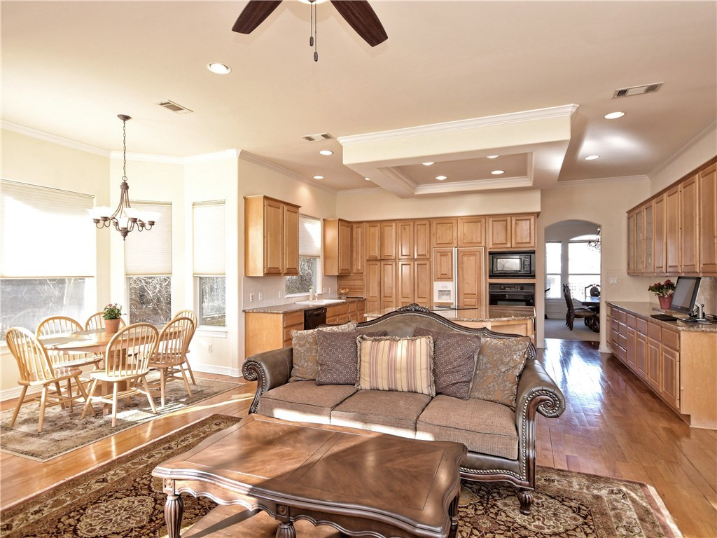 Sold Property | 5803 Round Table  CV Austin, TX 78746 6