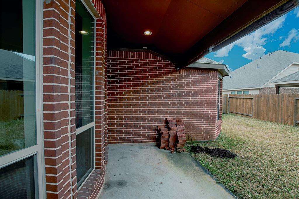 Off Market | 21134 Bastide Lane Kingwood, Texas 77339 42