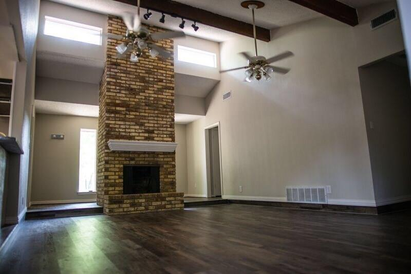 Active | 5909 Old Barn Drive Arlington, Texas 76016 10