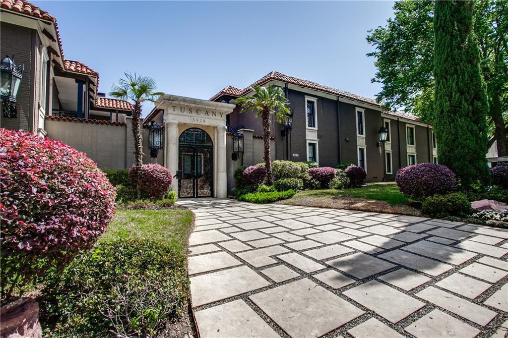 Sold Property | 5904 Sandhurst Lane #247 Dallas, Texas 75206 0