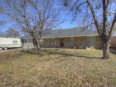 Off Market | 413 N Hogan Street Pryor, Oklahoma 74361 1