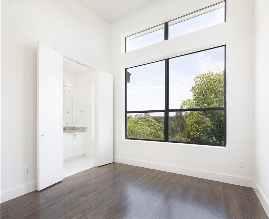 Sold Property   1836 Euclid Avenue #101 Dallas, Texas 75206 21