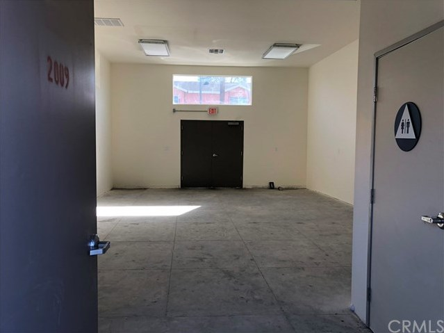 Closed | 2005 Hooper  Avenue Los Angeles, CA 90011 7