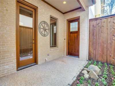 Sold Property | 5636 Ellsworth Avenue Dallas, Texas 75206 3