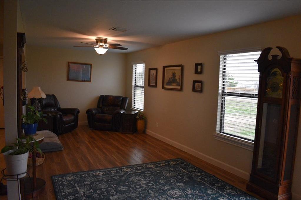 Sold Property | 114 Limousine Lane Bastrop, TX 78602 4