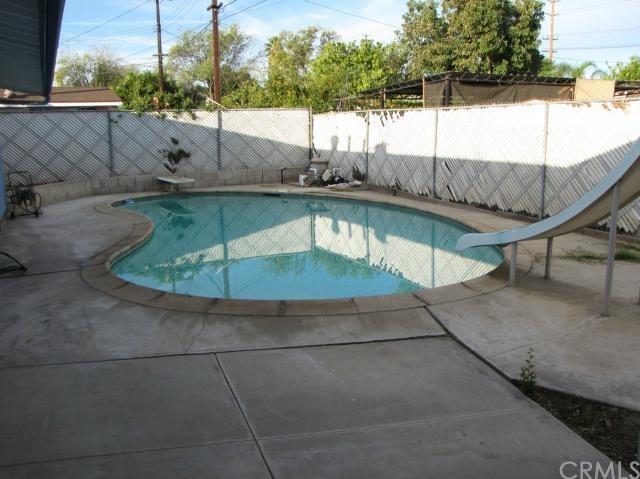 Closed | 8843 Mentone Place Riverside, CA 92503 15