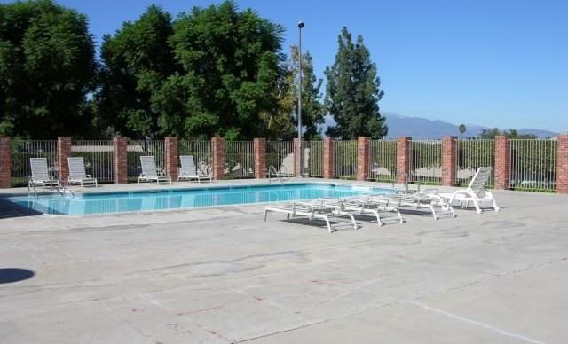 Closed | 22745 Palm Avenue #G Grand Terrace, CA 92313 16