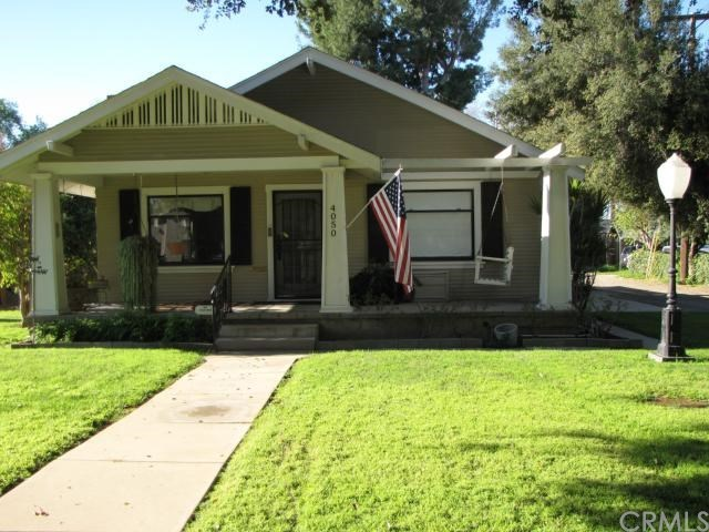 Closed | 4050 Larchwood Place Riverside, CA 92506 1