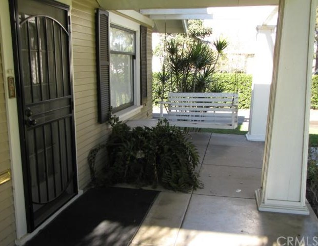 Closed | 4050 Larchwood Place Riverside, CA 92506 2