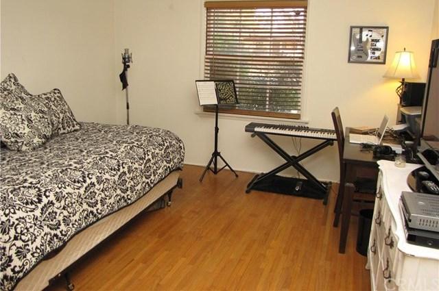 Closed | 2911 Brockton Avenue Riverside, CA 92501 19