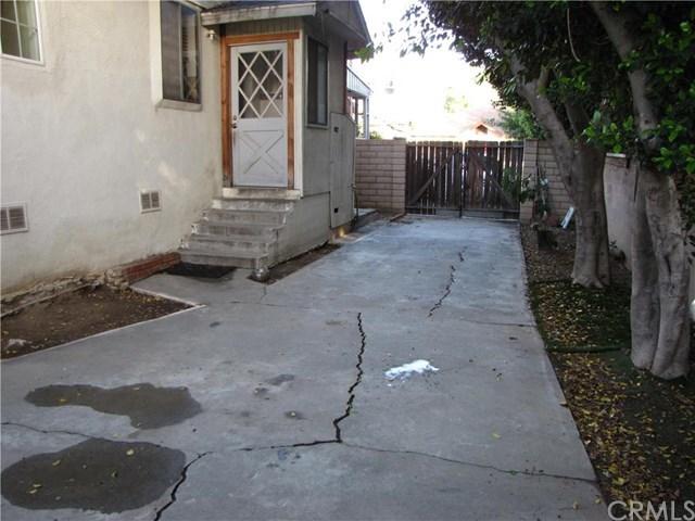 Closed | 2911 Brockton Avenue Riverside, CA 92501 24