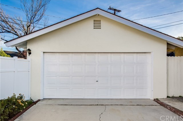 Closed | 3647 Los Feliz Court Riverside, CA 92504 25