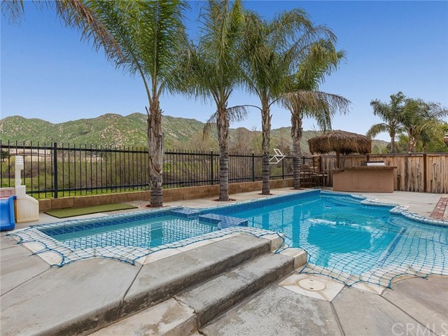 Closed | 10765 Breezy Meadow Drive Moreno Valley, CA 92557 25