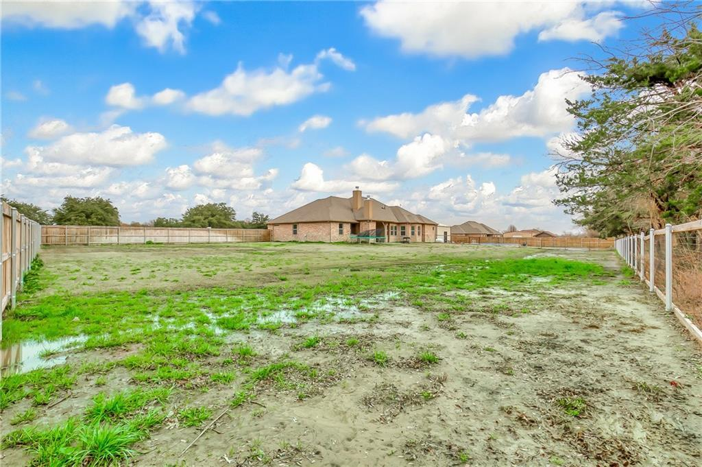 Sold Property | 180 Pear Tree Lane Collinsville, Texas 76233 32