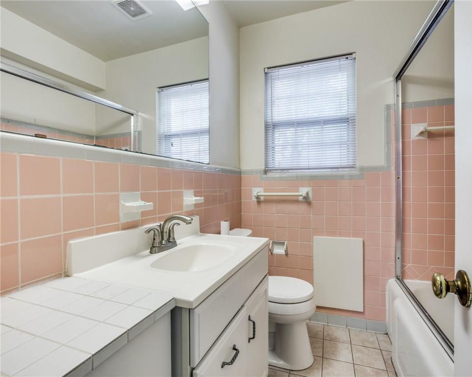 Sold Property   3718 Valley Ridge Road Dallas, Texas 75220 11
