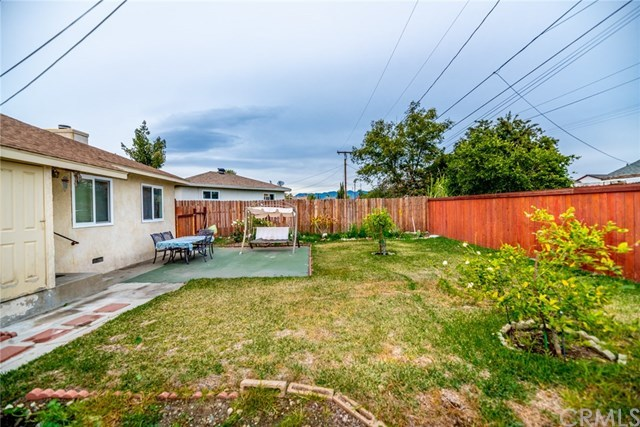 Closed | 17868 Owen St  Fontana, CA 92335 23