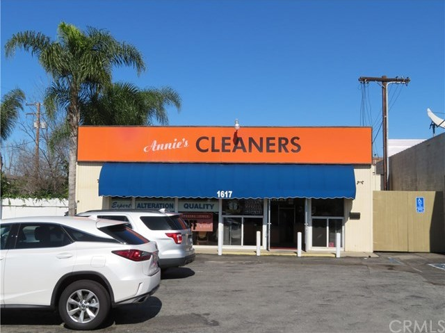 Active | 1617 E Chapman Avenue Orange, CA 92866 3