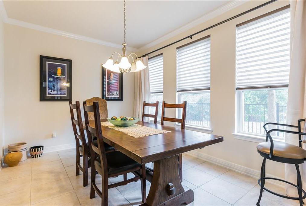 Sold Property | 12216 Terraza Circle #TH14 Austin, TX 78726 10