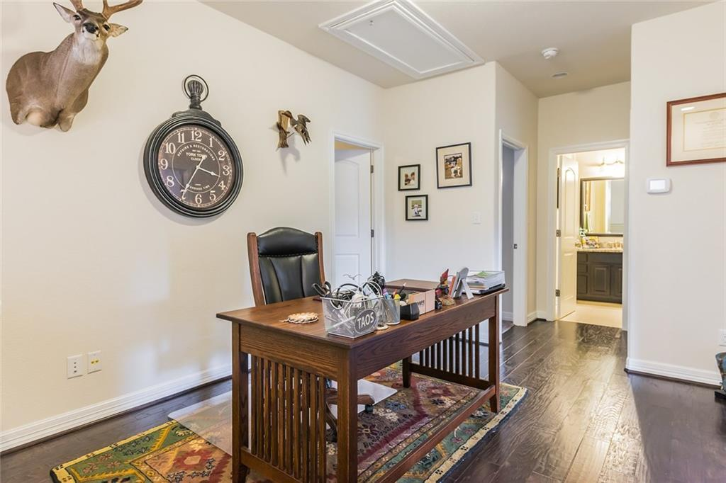 Sold Property | 12216 Terraza Circle #TH14 Austin, TX 78726 13