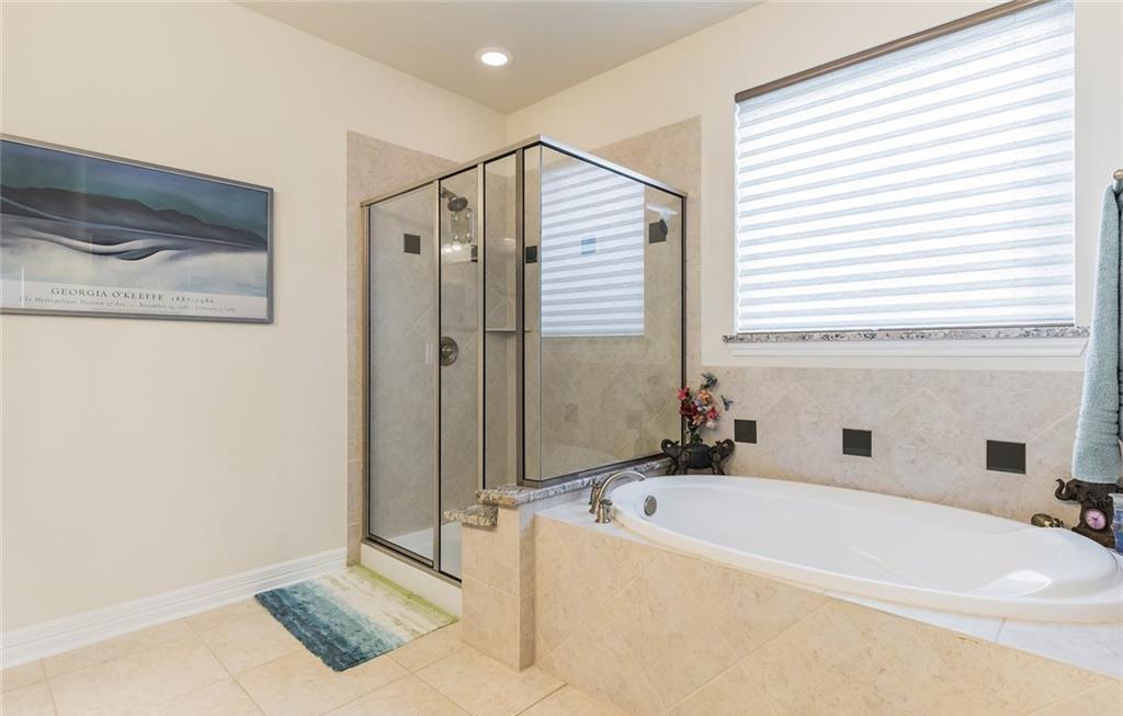 Sold Property | 12216 Terraza Circle #TH14 Austin, TX 78726 17