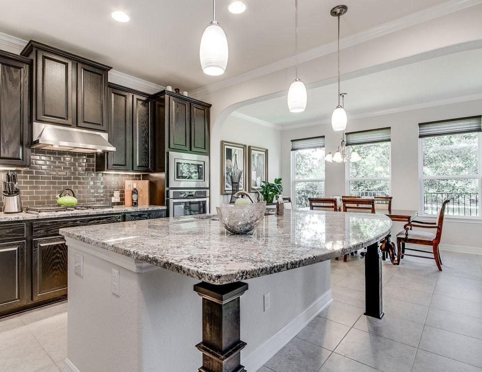 Sold Property | 12216 Terraza Circle #TH14 Austin, TX 78726 8