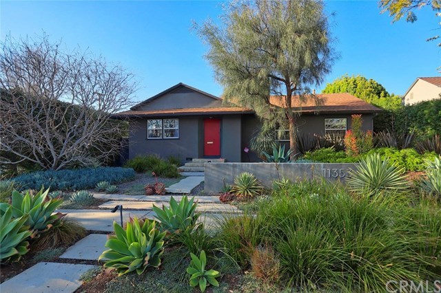 Closed | 11353 Clover Avenue Los Angeles, CA 90066 6
