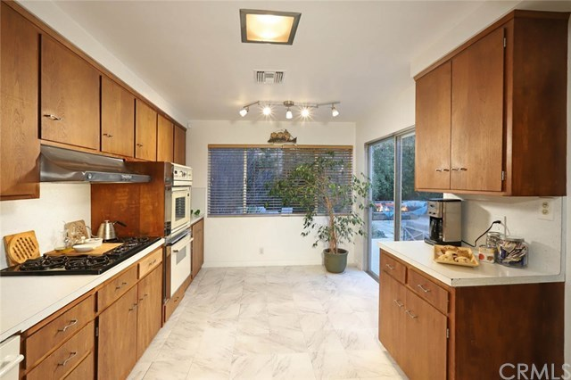 Closed | 11353 Clover Avenue Los Angeles, CA 90066 18