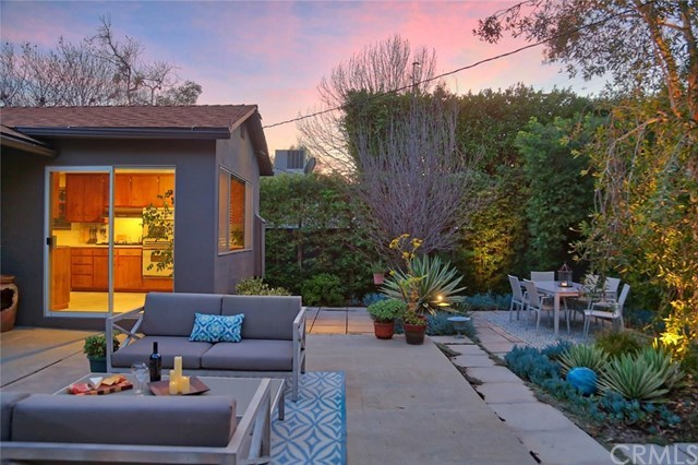 Closed | 11353 Clover Avenue Los Angeles, CA 90066 37
