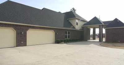 Off Market | 1801 E 46th Street North Tulsa, Oklahoma 74130 1