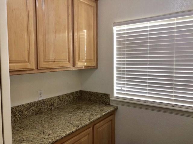 Closed   12961 Farmington Street Oak Hills, CA 92344 14