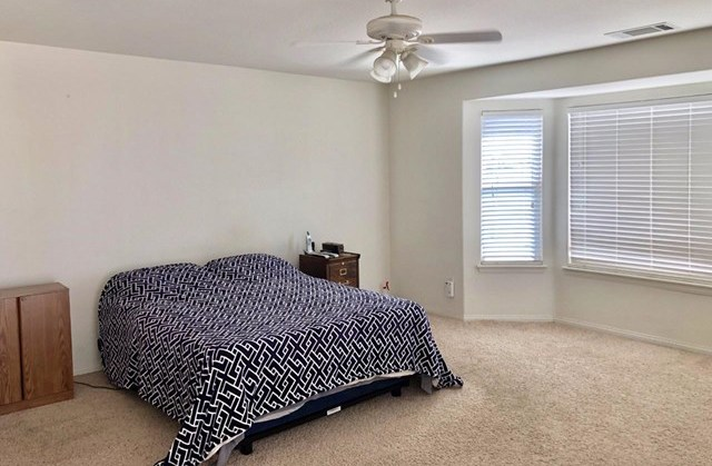 Closed   12961 Farmington Street Oak Hills, CA 92344 16