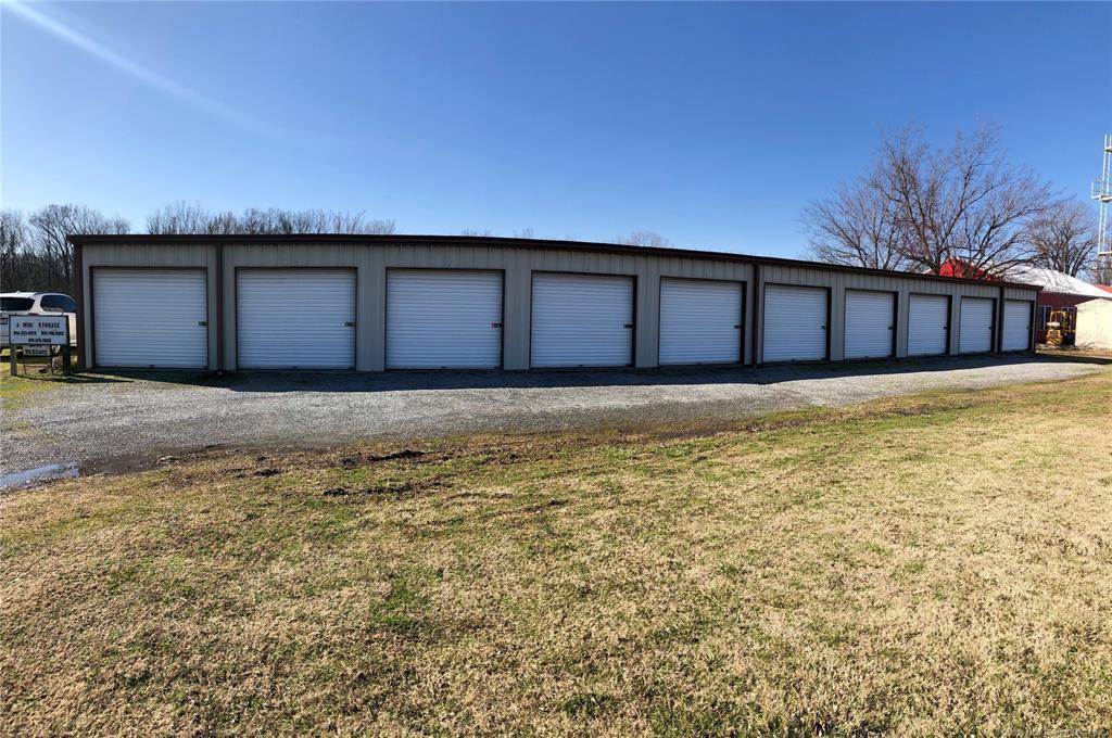 Off Market   297 N Chouteau Avenue Chouteau, Oklahoma 74337 1